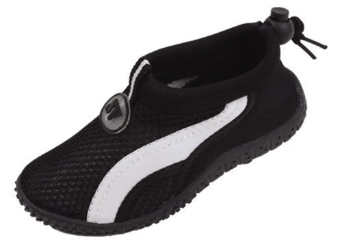 Best toddler water shoes