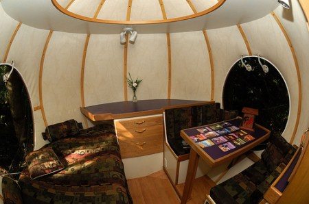 sperical-tree-house-interior