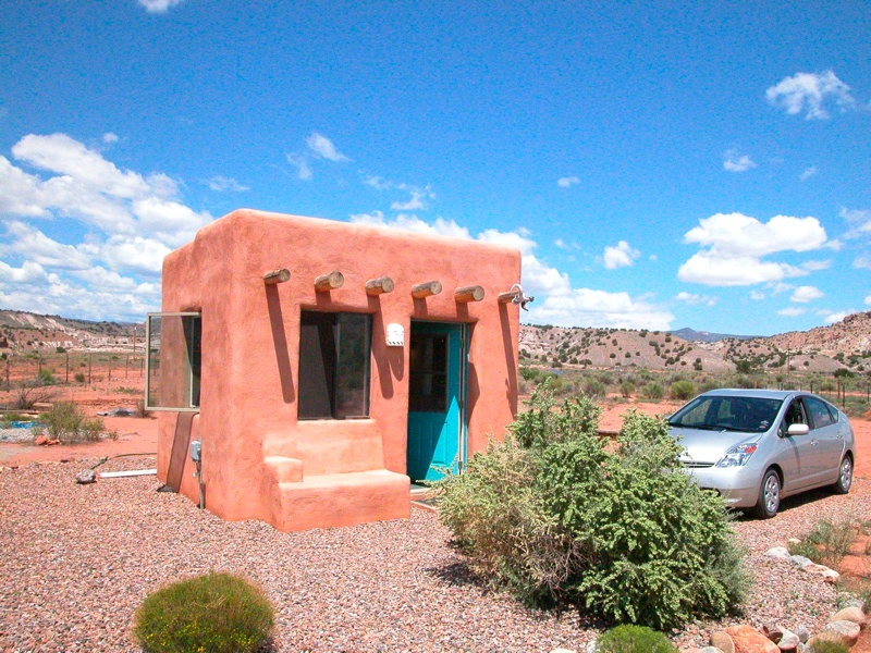 Tiny adobe casita for Building a house in arizona