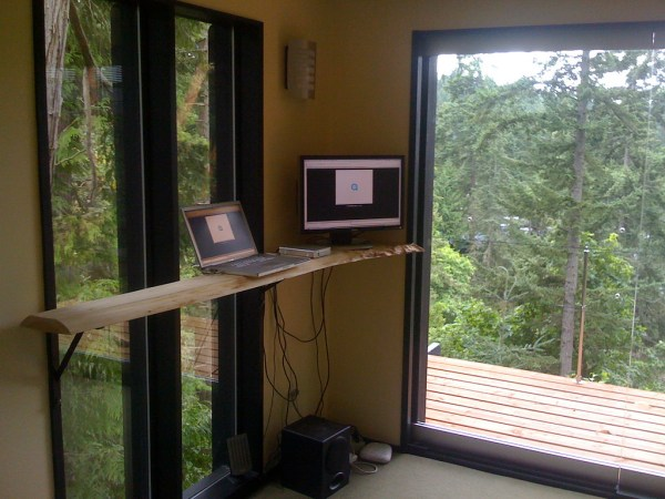 peter frazier lifehacker tiny house stand up computer station