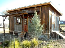 Reclaimed Space - Small House Builder Tiny Design