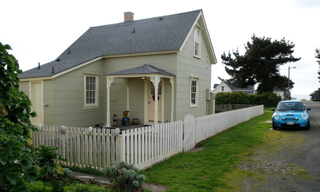 building a tiny house rental collection on airbnbcom