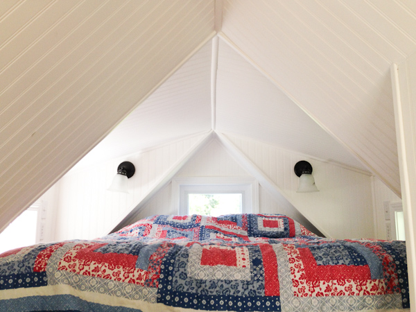 Almost Glamping - Bed in Loft