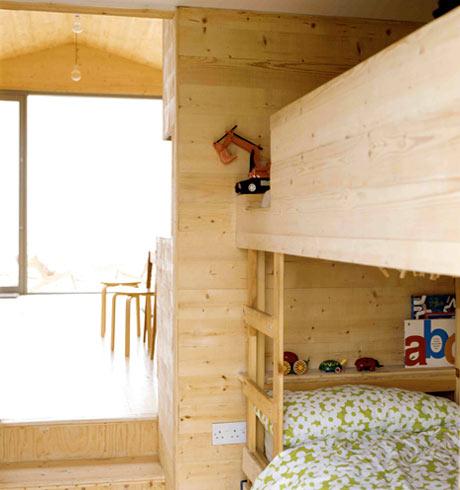 beach chalet - bunks