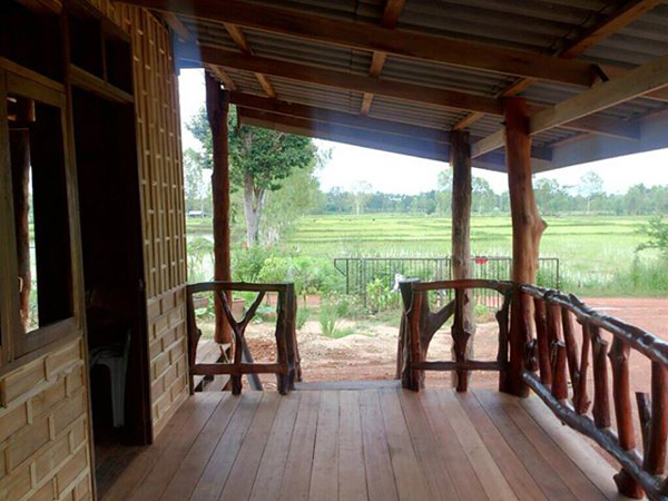 Homesteading in thailand for Small house design thailand