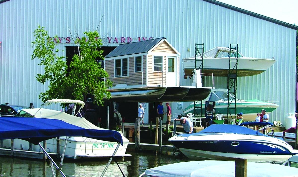Tiny Houseboat