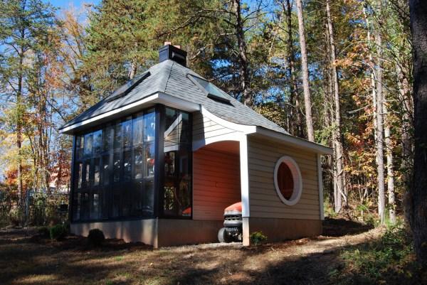 Jeffs Cabin Greenhouse - Exterior 2