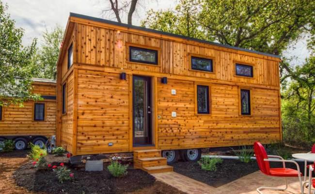 Meet The Tiny House Roanoke From Tumbleweed Tiny House Envy