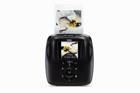 INSTAX_SQUARE_SQ20_black_back_on_white