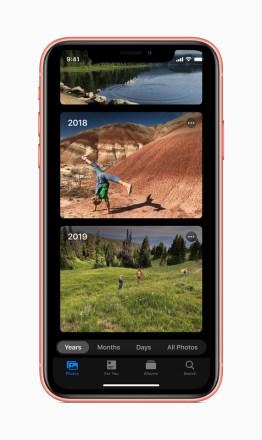 Apple-ios-13-photos-screen-iphone-xs-06032019_inline.jpg.large