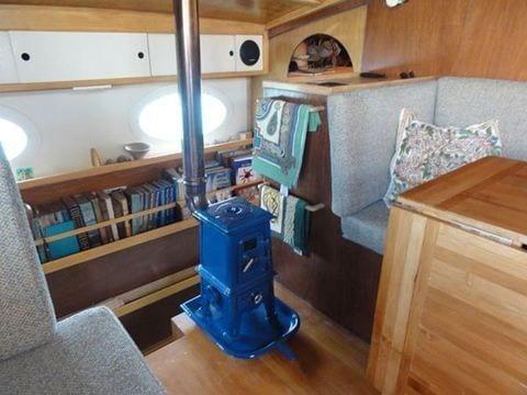 Pipsqueak stove in sailboat
