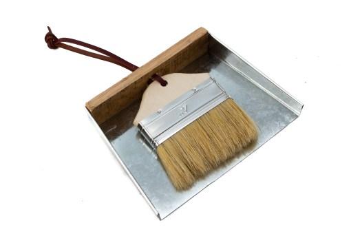 tiny stove tool dust pan and sweep