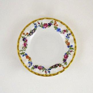simple floral vintage soap dish