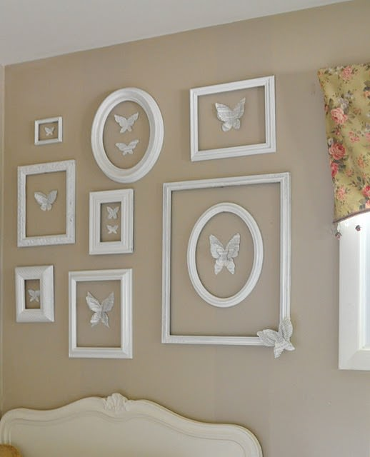 all crafts Decorate Walls with Empty Frames {6 diy ideas}