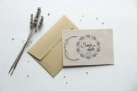 Invito per anniversario di matrimonio in carta Craft e copertina in carta da lucidi. Realizzato dalla Graphic Designer Laura Corazzin