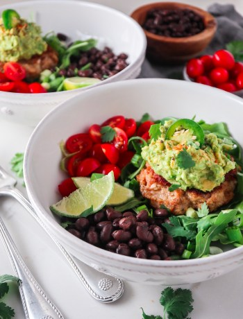 Chipotle Chicken Bunless Burger Bowls