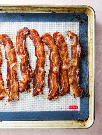 How to Make the Best Oven Baked Bacon