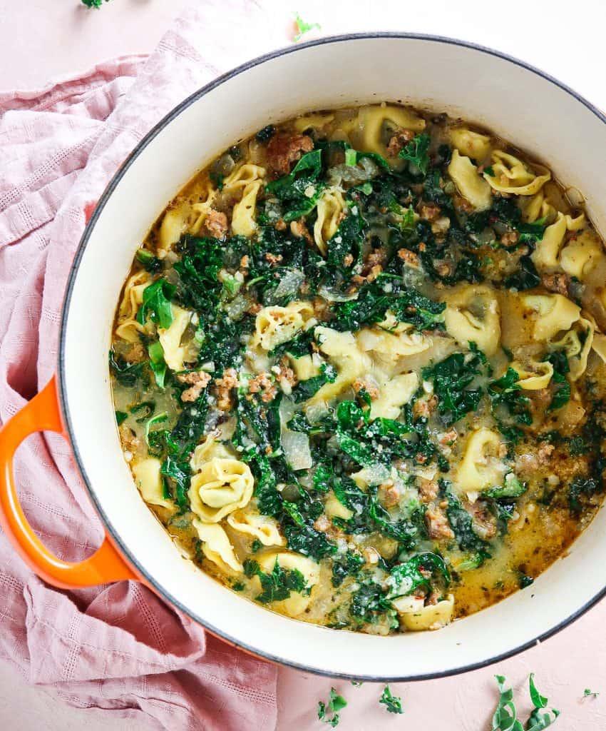 Easy One Pot Tortellini Zuppa Toscana