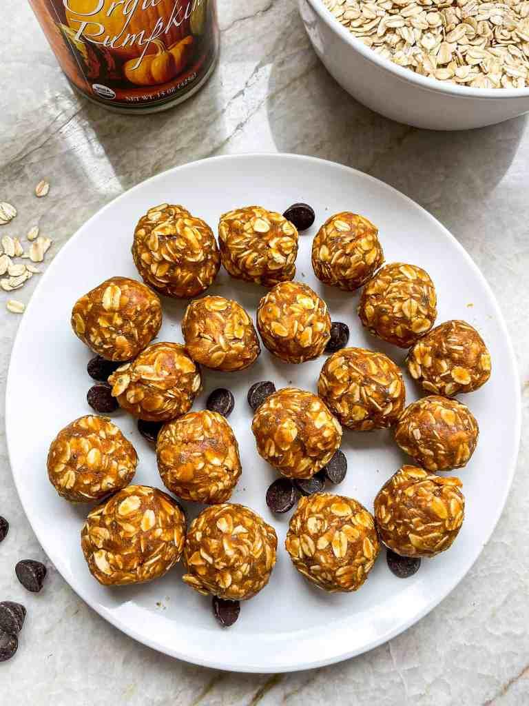 No bake peanut butter pumpkin energy bites