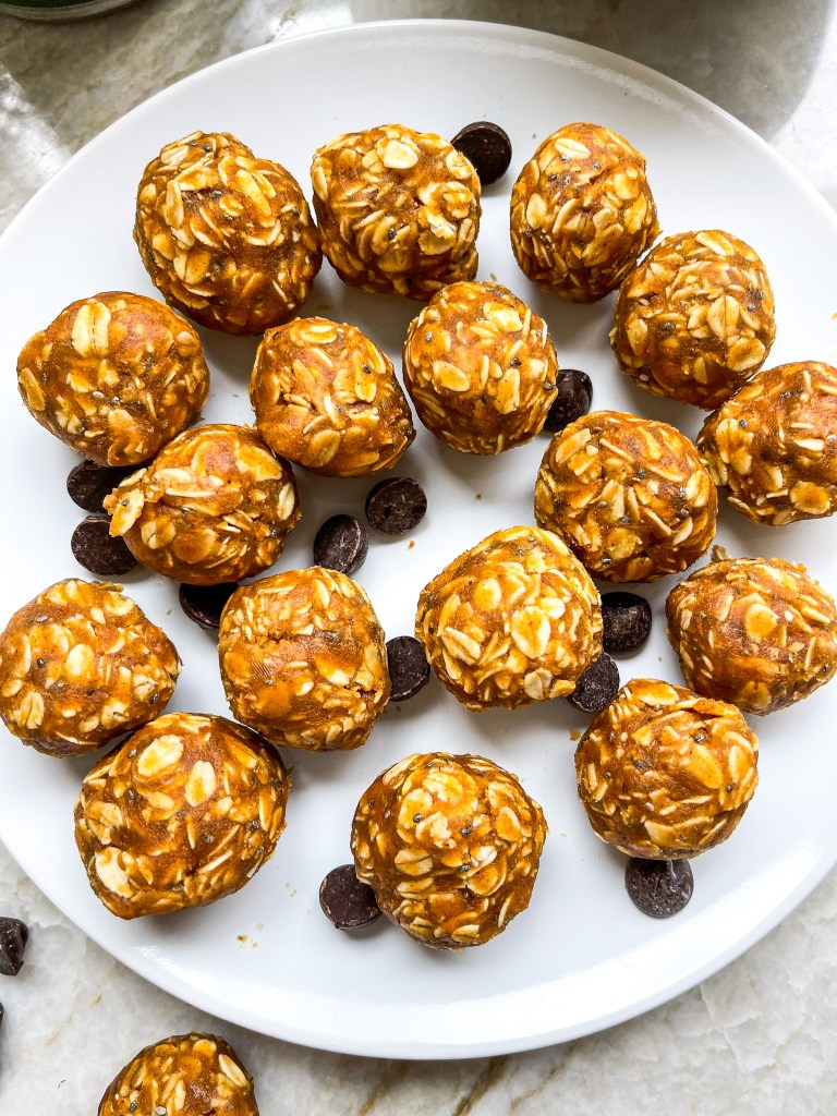 Peanut Butter Pumpkin Energy Balls