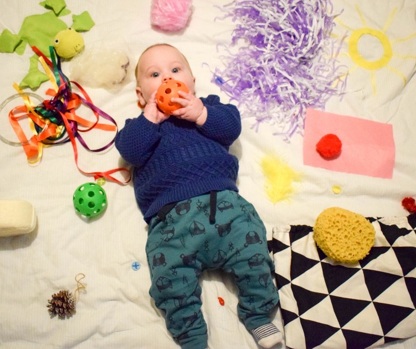 DO IT YOURSELF – Baby Sensory at Home