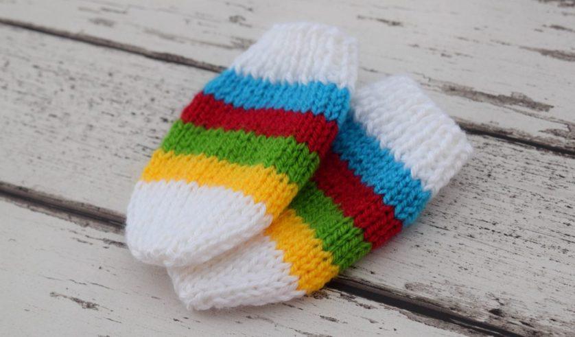Free Knitting Pattern! – Baby Mittens