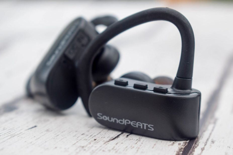 Product Review - SoundPEATS - Q16 Headphones - close up