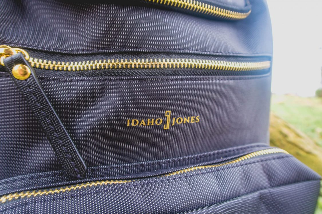 Idaho Jones Gallivant - backpack changing bag review - close up