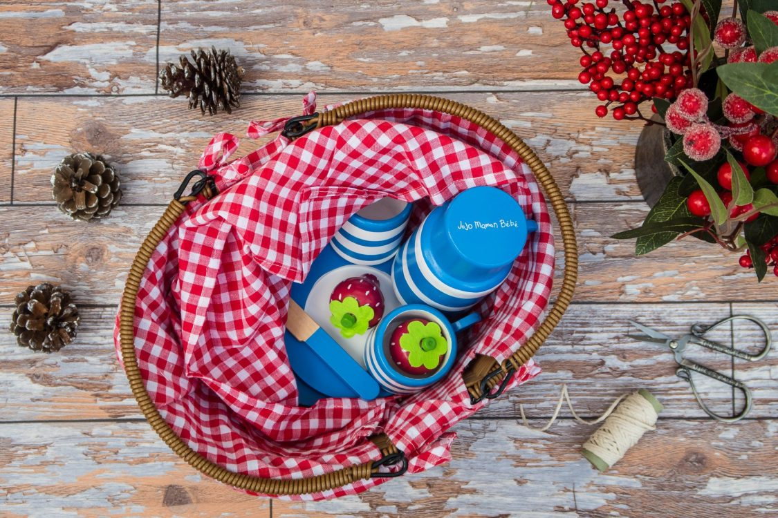 A Christmas Gift Guide for Little Ones - picnic set with wooden food - JoJo Maman Bebe