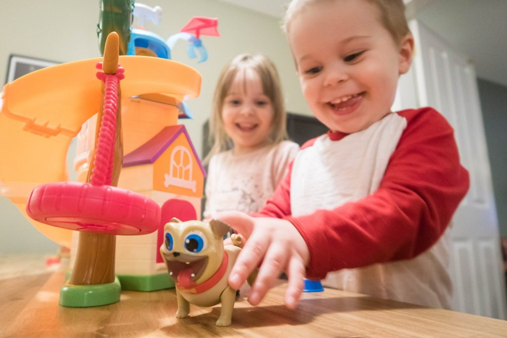 Puppy Dog Pals - having a great time