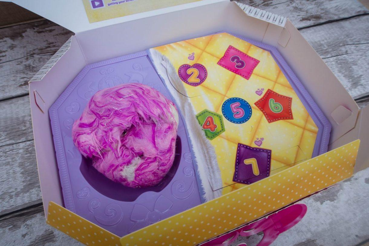 What's inside the Scuff-a-Luvs box