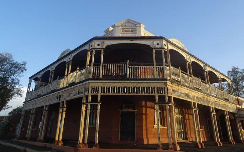 """Albergo """"State Hotel"""" abbandonato della Ghost Town di Gwalia a Leonora in Western Australia"""
