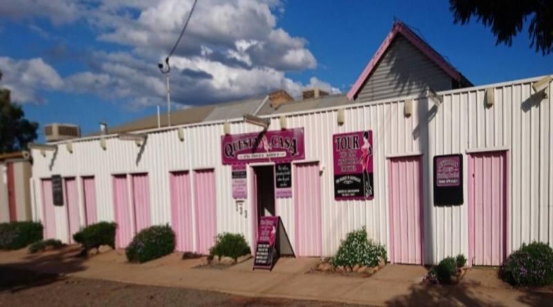 """Ingresso bordello """"Questa Casa"""" a Kalgoorlie in Western Australia"""