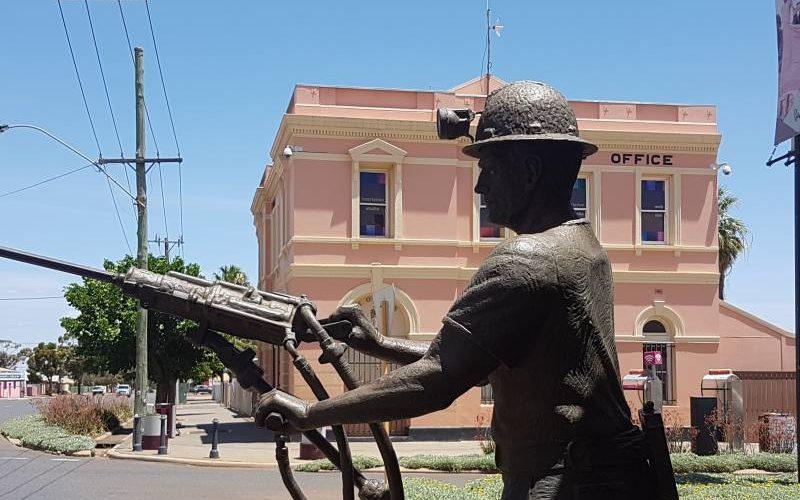 Via principale del centro di Kalgoorlie, la capitale dell'oro in Western Australia
