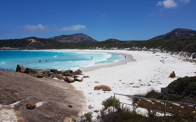 Spiaggia Helfire Bay dentro il Parco Nazionale Cape Le Grand