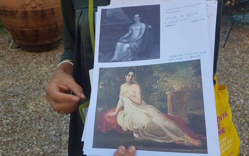 Immagine dei ritratti di Eleonora Pandolfini Nencioni durante il tour sharing di Guido a Firenze in Palazzo Pandolfini
