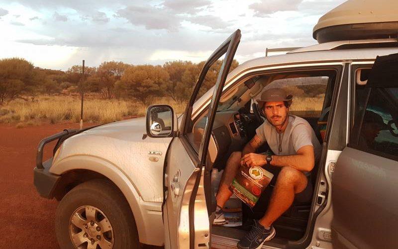 In viaggio On the Road con Peggy attraverso il deserto australiano con la Great Central Road