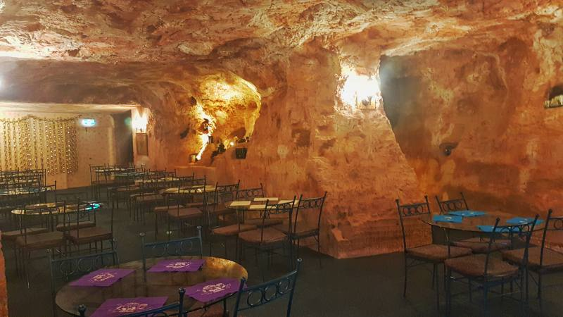 Sala da pranzo scavata nella roccie nell'Hotel Comfort Inn Coober Pedy Experience in South Australia