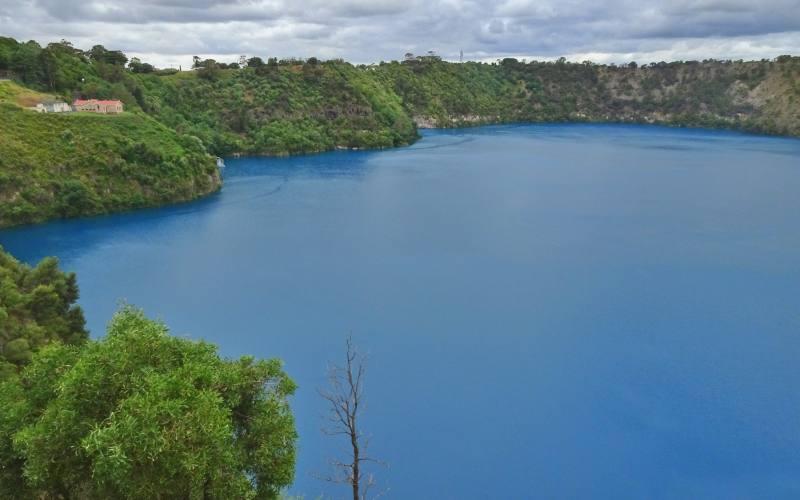 Punto panoramico Blue Lake, lago nel cratere vulcanico di Mount Gambier