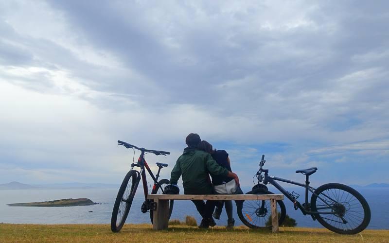 Viaggio in bici sull'isola di Maria Island in Tasmania, Australia
