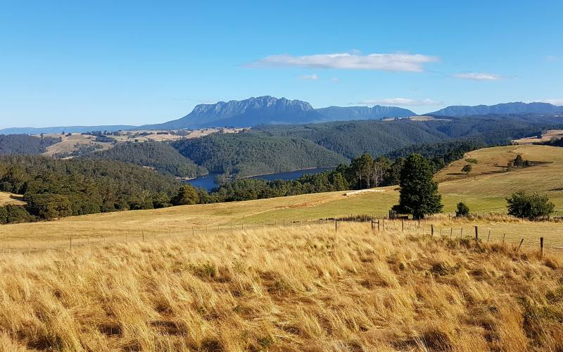 Punto panoramico con vista Cradle Mountain nel Nord della Tasmania in Australia