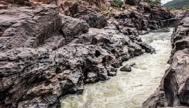 Jharipani Falls