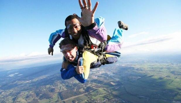 Adventure activity skydiving in melbourne