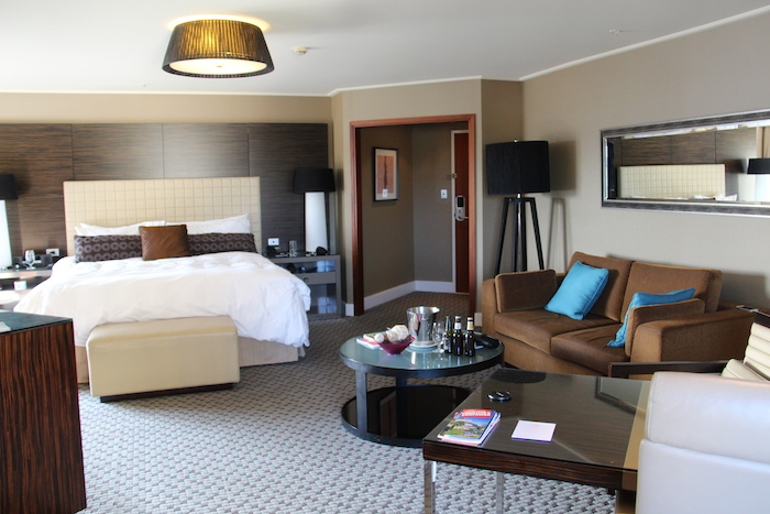 Four Seasons Hotel Sydney Full Harbour View Room 1609