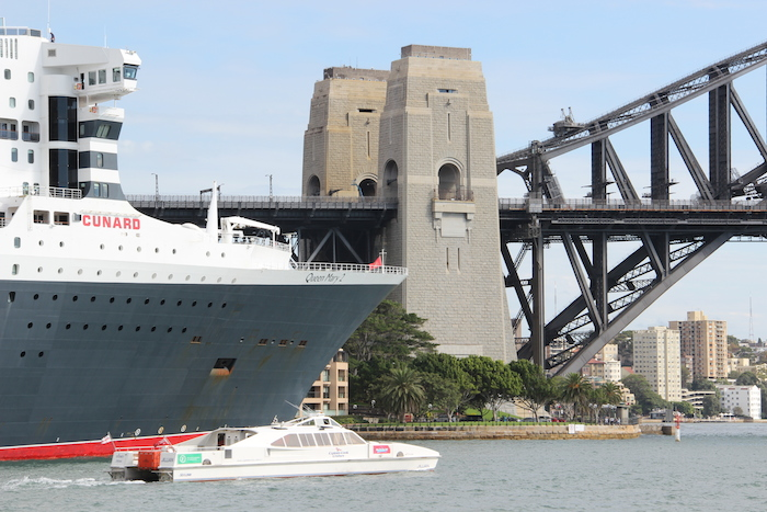 Queen Mary 2 Sydney Harbour