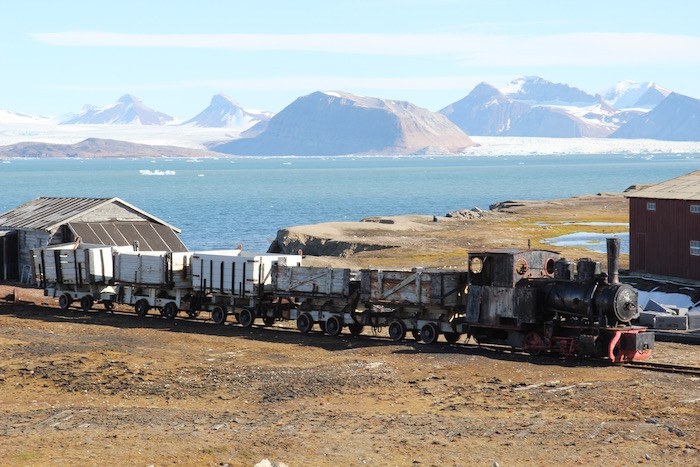 Old Mine Train Ny Alesund