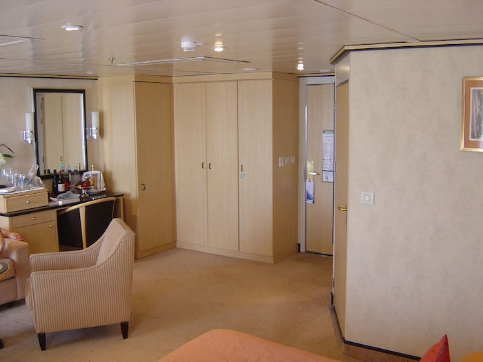 Cunard Queen Maey 2 Wheelchair Access Queens Grill Suite