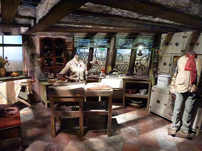 Weasley's Kitchen at Harry Potter Studio Tour Warner Bros. Leavesden