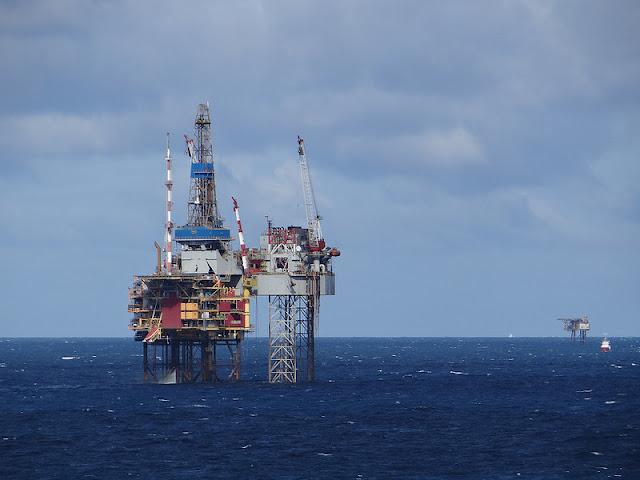 Oil Rigs in North Sea