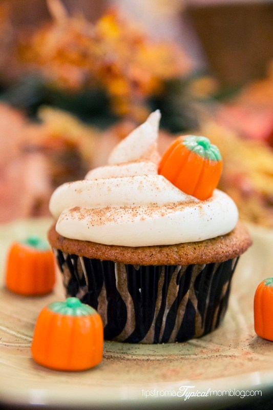 Pumpkin Toffee Cupcakes with Cream Cheese Frosting